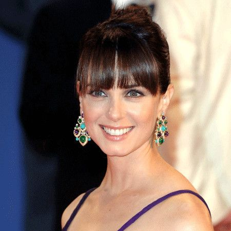 Mia Kirshner wiki, affair, married, Lesbian with age, height