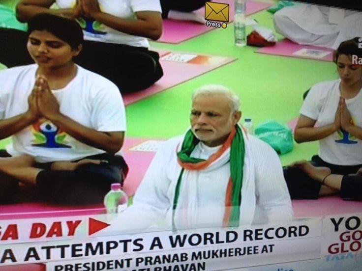 .@narendramodi joins World Yoga Day record-breaking gathering in Delhi.