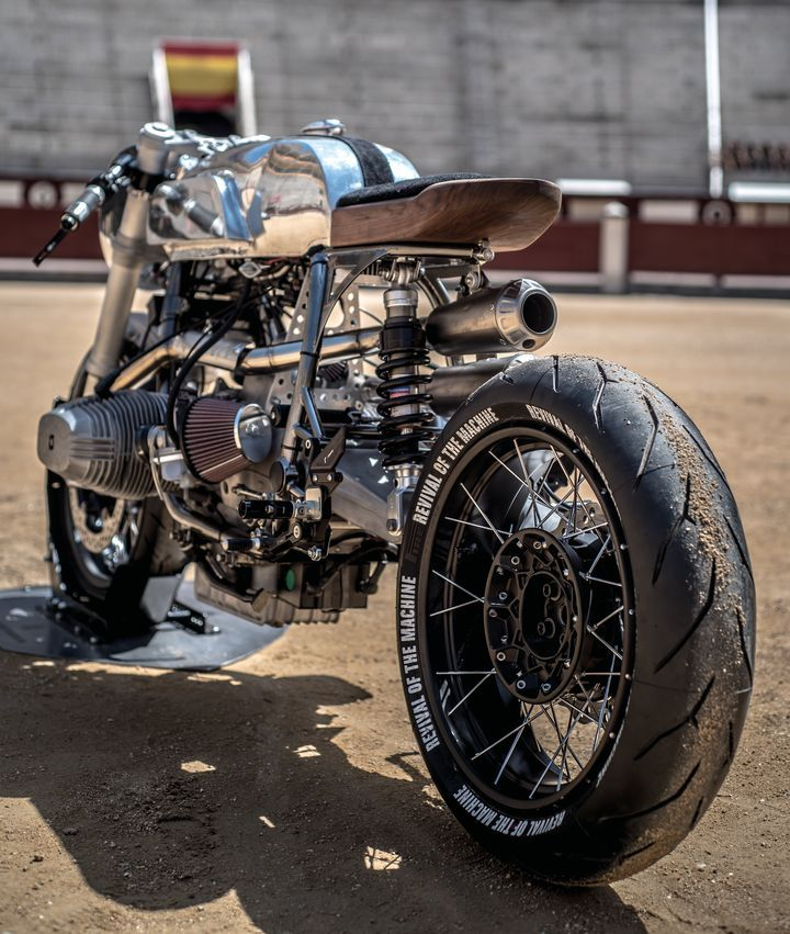 Motos Cafe Racer, descubre todas las motos, imágenes, vídeos, novedades y noticias de este estilo originario de Inglaterra.