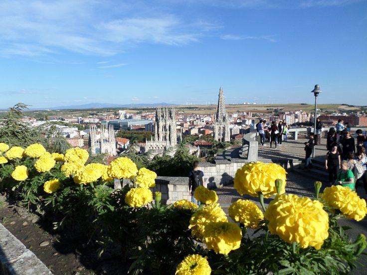 Catedral de Burgos en Burgos, Castilla y León - Vista desde el mirador!