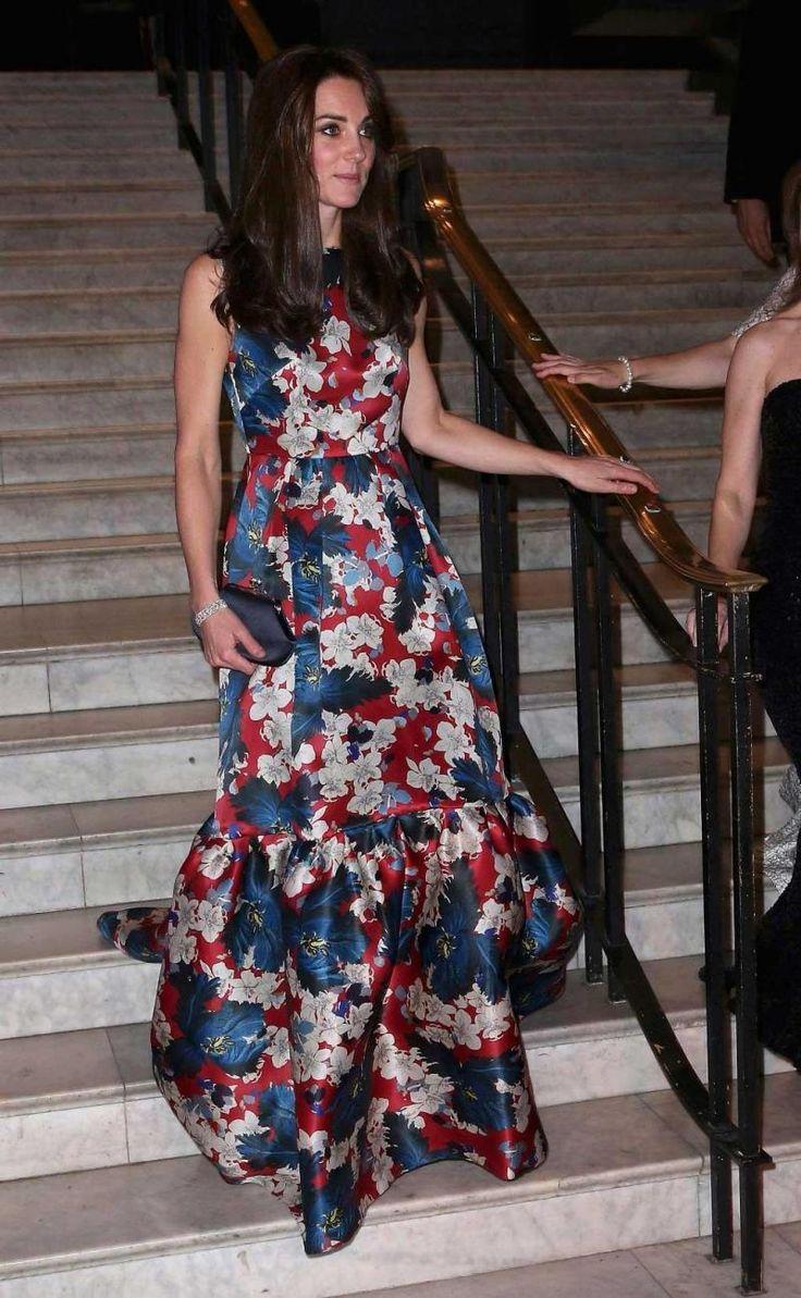 Fotos: Kate Middleton brilha com vestido floral em jantar de gala no Victoria & Albert Museum