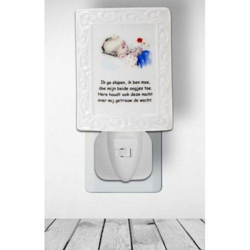 Stekkerlamp baby bloem en gebed Ideaal voor de babykamer, altijd een klein licht aanwezig.