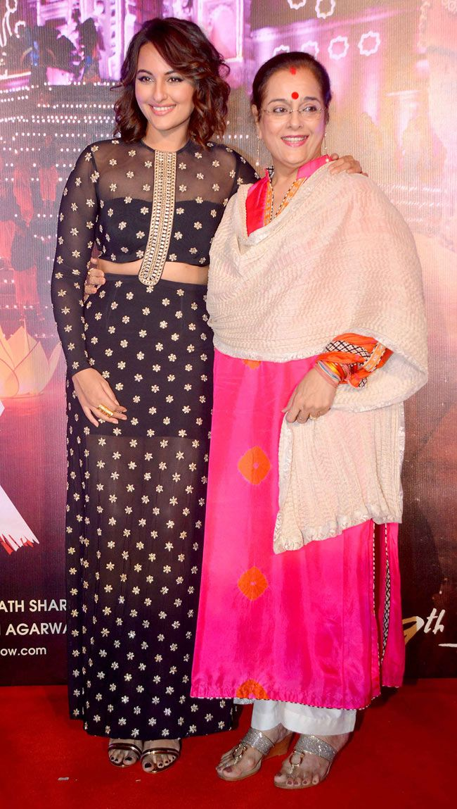 Sonakshi Sinha with mother Poonam Sinha at the launch of 'Radha Nachegi' song from 'Tevar'. #Bollywood #Fashion #Style #Beauty