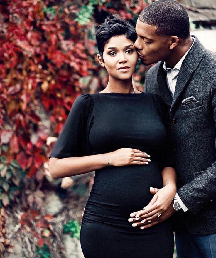 Pregnant black african clitoris final