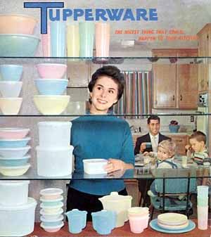 die besten 17 bilder zu vintage tupperware ads auf pinterest retro n hen 1960er und seehunde. Black Bedroom Furniture Sets. Home Design Ideas