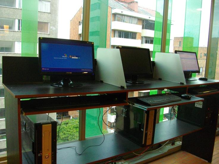 Centro de copiado para estudiantes. Universidad EAN. Bogotá, Colombia.