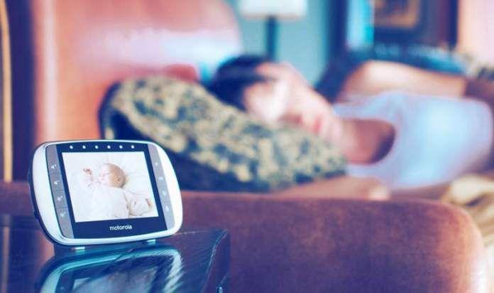 Avere un baby monitor in casa è molto utile per controllare i vostri bambini! https://www.ecomesifa.it/come-scegliere-e-acquistare-il-baby-monitor-giusto/  #mamme #bambini