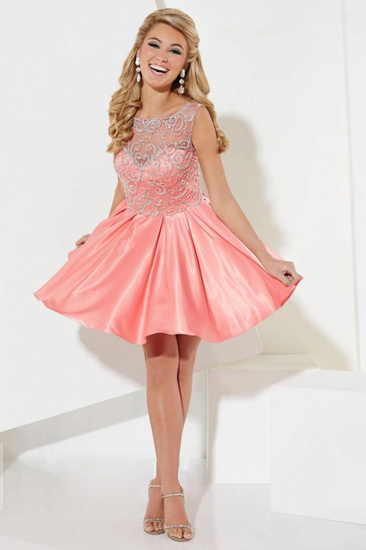 2015 Mesh Illusion Scoop A Line Short/Mini Homecoming Dresses Tulle And Taffeta Beaded