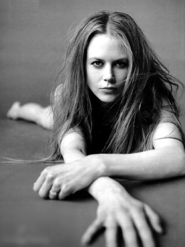 Nicole Kidman R
