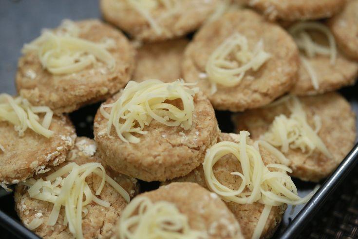 EASY How to Make Oatcakes -- via wikiHow.com