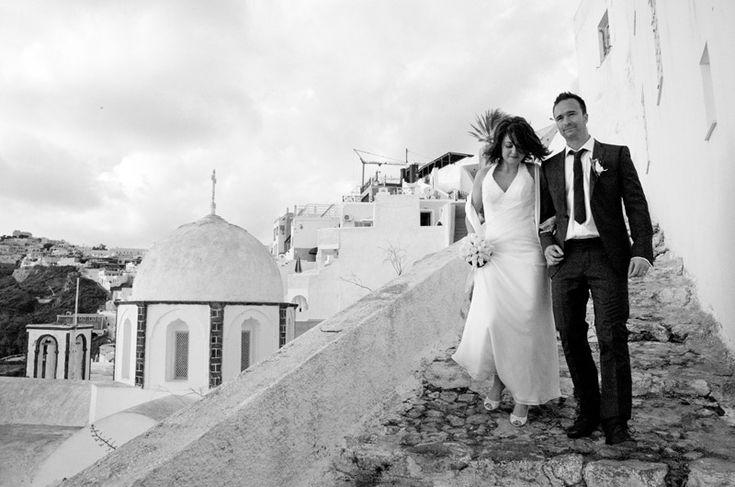 Santorini wedding in black & white
