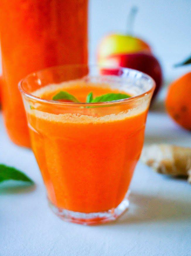 Vitaminbombe: pres selv multifrugt juice