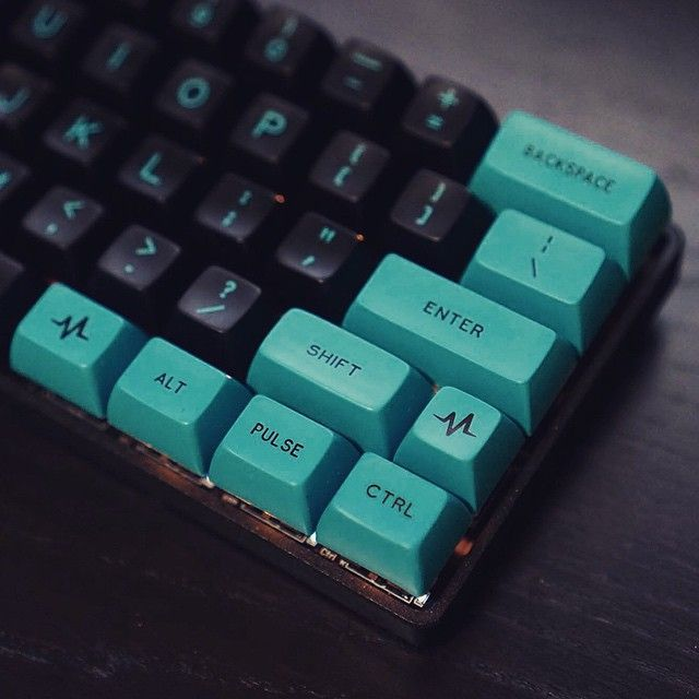 Pulse keycap set.
