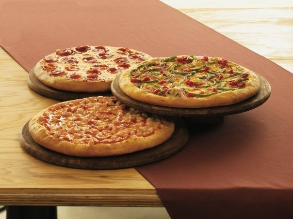 A family-oriented restaurant that serves hot, fresh pizza at affordable prices in a buffet setting. Exceeding each guest's expectation in food, service, and cleanliness, all within CiCi's low price starting at $4.99. Located in Seguin at 488 S State Hwy 123 Bypass, Seguin, TX, 78155.
