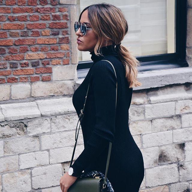 It's official, turtle neck season is here ladies 🐢 #ootd #zara #inditex #dior #diorsunglasses #blonde #tigi #ombre #hairdo #dress #maxidress #streetstyle #ootdmagazine #antwerp #thisisantwerp