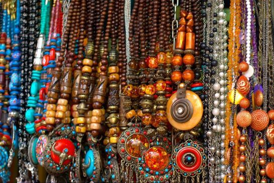 If Mumbai is where fashion began in India, then Causeway is where Street Shopping began in Mumbai.