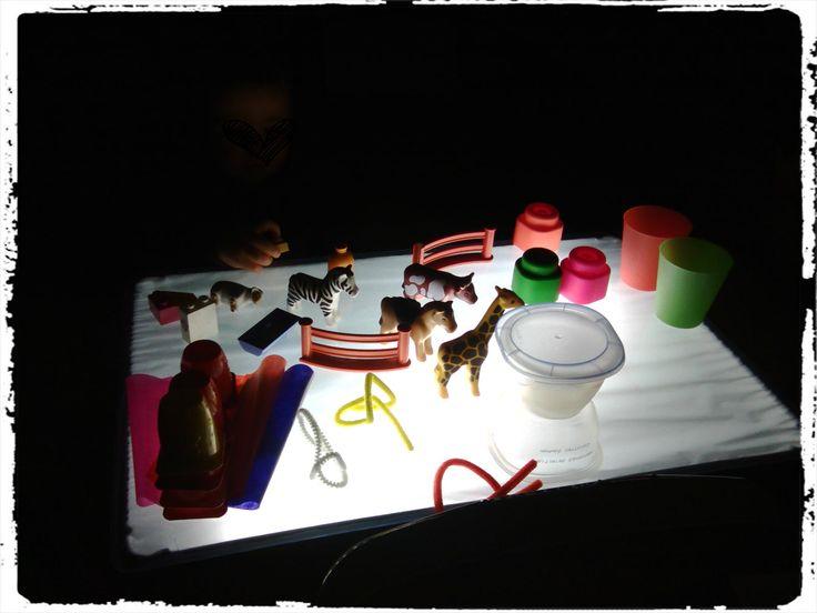activité table lumineuse, activité enfant
