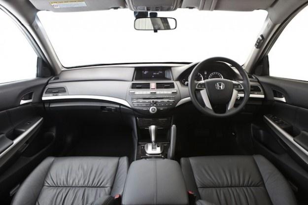 Honda Accord: Large Sedan Now Under $30,000Honda Accord, Large Sedan