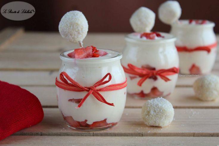 Coppe alle fragole e crema diplomatica