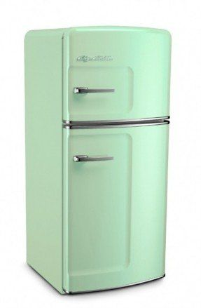 best 25 retro refrigerator ideas on pinterest vintage kitchen appliances diy kitchen. Black Bedroom Furniture Sets. Home Design Ideas