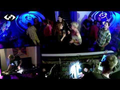 EYE ON DJ PENDAPON [kinetix] / TECHNO - YouTube