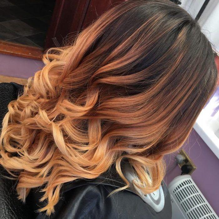Caramel braun mit blonden strähnen