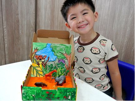 Thinking of what to do with your child over the long weekends or holidays? Here is a sandbox adventure to embark on with junior! #SandboxAdventure #ArtActivity