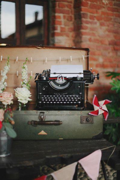 Antica macchina da scrivere | Ph. Paola Colleoni | www.princesswedding.it