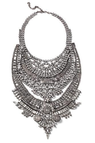 6 statement necklaces that will amaze you: