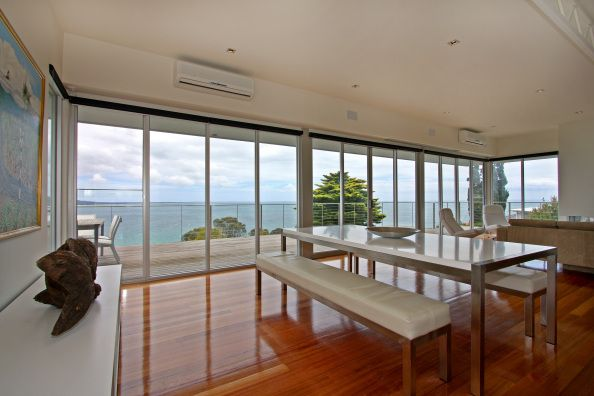 Mt Martha, Victoria, Australia • Stunning modern beach house • VIEW THIS HOME  ►  https://www.homeexchange.com/en/listing/419809/
