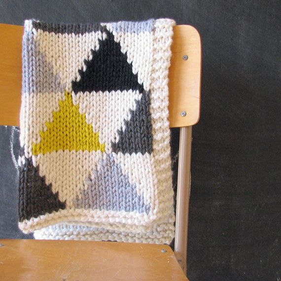 Knitted Triangle Pattern Baby Blanket in Grey/Black/Neon Yellow