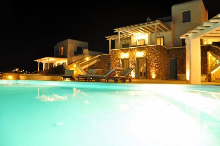 Luxurious Mykonos Villa with Infinity Pool. This property has a typical Cycladic architectural style, where white and blue colours dominate the rest of the palette and make an ideal picture like seen in postcards from Greek islands