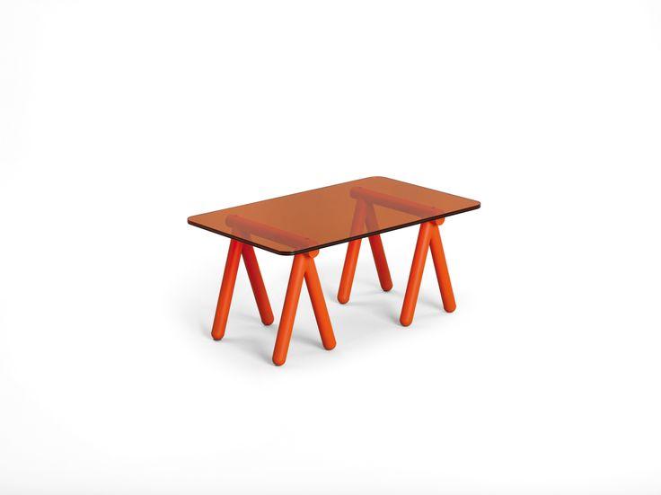 table basse treteaux v8designers tablebasseverremetal. Black Bedroom Furniture Sets. Home Design Ideas