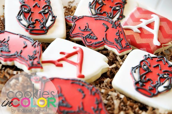 Razorback Cookies   Cookies In Color   Shannon Tidwell