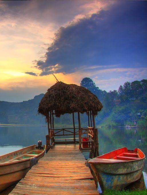 Lake Bunyoni, Uganda: I never felt so happy or welcome in one place than Uganda