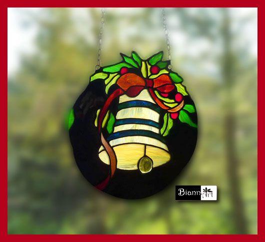 Dekoracja okna - zawieszki witrażowe więcej >>> http://biannart.blogspot.com/2012/11/swiateczne-dekoracje-okna.html