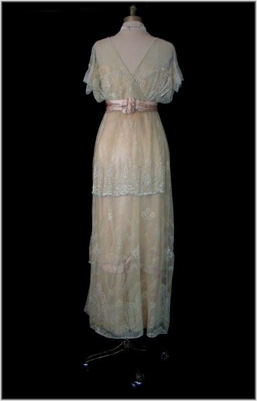 Vintage Edwardian Ivory Lace Peach Silk Satin Glass Beaded Wedding Party Dress