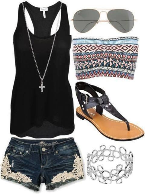 Cute outfit for summer. I would probably pick a different bracelet, though.