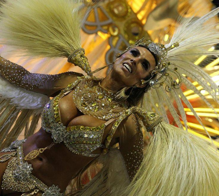 Il #Carnevale di #Rio: ecco le FOTO di una delle #festività più famoso in tutto il #mondo per via della sua magnificenza  www.meteoweb.eu  #meteo #meteoweb #viaggi #turismo #carnevale #riodejaneiro