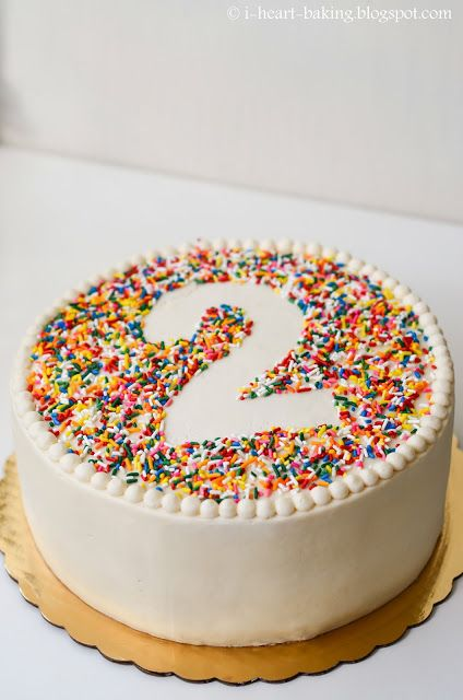 Easy Cake Decorating With Sprinkles : Best 25+ Sprinkle birthday cakes ideas on Pinterest