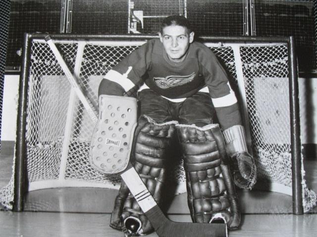 Terry Sawchuk | Detroit Red Wings | NHL | Hockey