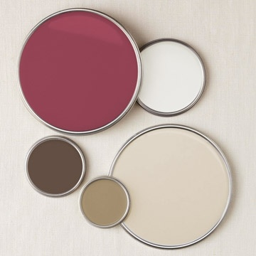 A neutral palette with accents in the raspberry colour to lift it from drab to fab!
