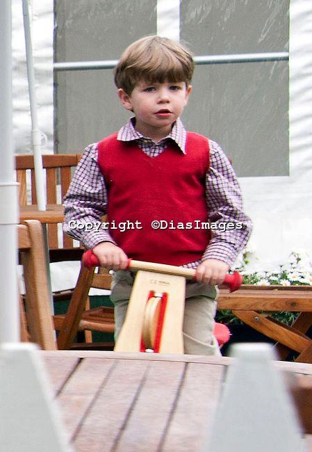 ladymollyparker:  James, Viscount Severn, celebrates his 7th birthday today, December 17, 2014 (b. December 17, 2007)