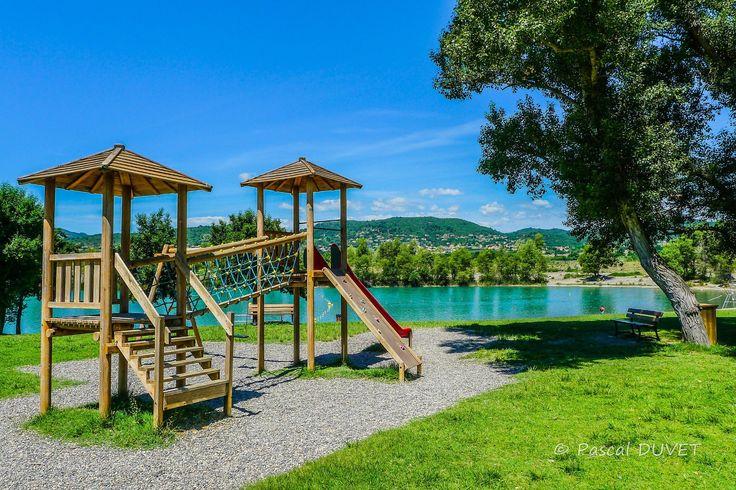 ORAF41 - Le lac des Buissonnades à Oraison - Alpes de Haute Provence 04