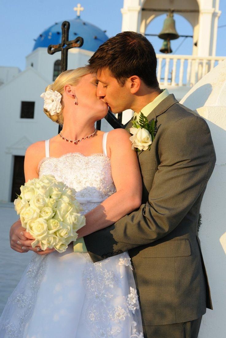 Bride Groom in love Wedding Santorini So Romantic