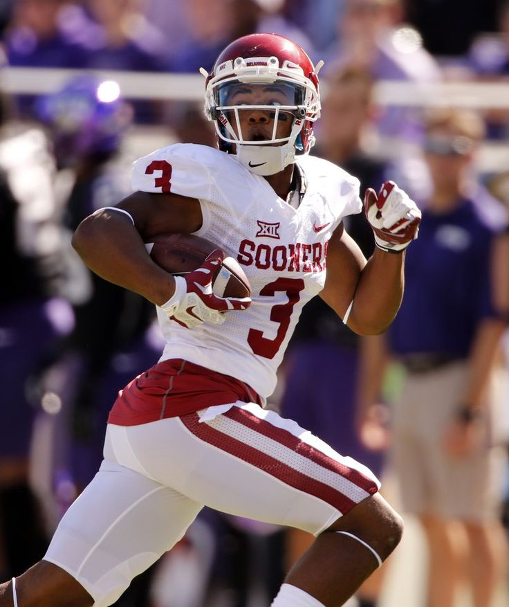 Sooner's Sterling Shepard (3) scores on a long pass play during a college football game as the University of Oklahoma Sooners (OU) play the Texas Christian University (TCU) Horned Frogs at Amon G. Carter Stadium in Fort Worth, Texas on Saturday, Oct. 4, 2014.  Photo by Steve Sisney, The Oklahoman