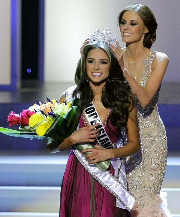 Alyssa Campanella Miss USA 2011 Crowns Miss Rhode Island Olivia Culpo Miss USA 2012 http://media.cmgdigital.com/shared/lt/lt_cache/thumbnail/960/img/photos/2012/06/03/85/d5/6f72e4f4a55a4d628fa3ceaa337c540e-c675878fef0e4c01977aa2e8ad6f518c-6.jpg