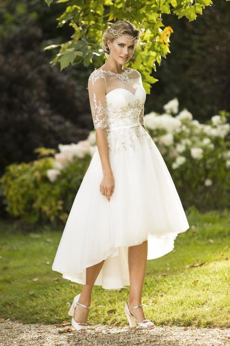tb-monique Striking tulle gown