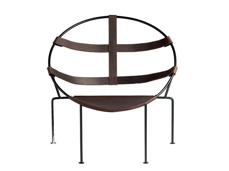 Leather easy chair FDC1 by Objekto design Flavio De Carvalho