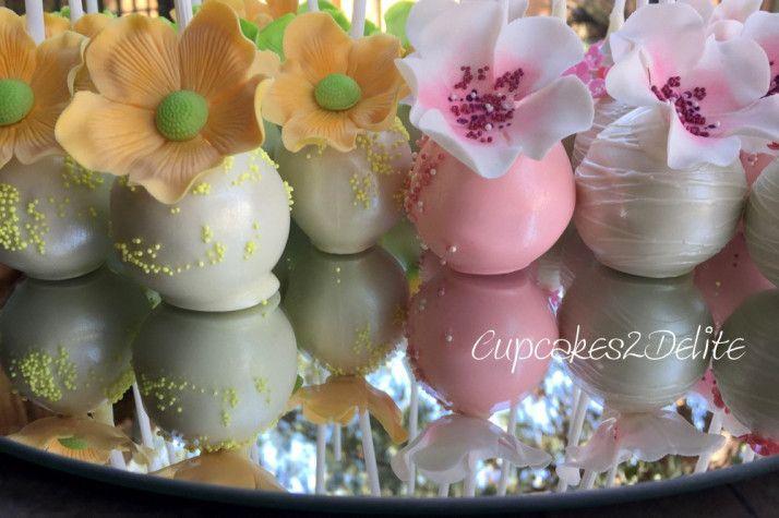 Cakepops by Gail Freer of Popcakes Flowers by Cupcakes2Delite